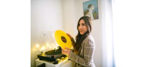Szafka pod gramofon do salonu